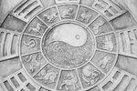 Horoskop na tento týden: Kohouty čekají problémy ve vztahu, Zajíce ostrá hádka!
