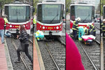 Tramvaj srazila v pražských Řepích chodce, ten pod ní zůstal zaklíněný