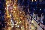 Vánoční světýlka v Praze v ohrožení. Václavák ani Pařížská se možná nerozsvítí
