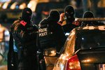 Nejvyšší pohotovost v Bruselu trvá. Pařížský teror má čtvrtého obviněného