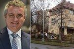 Nešťastný začátek roku Zemanova kancléře: Mynářovi vykradli vilu