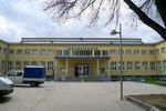 Plavecký areiál Theresienbad ve Vídni, kde ke znásilnění došlo.
