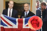 Princ William na pohřbu utěšoval rodinu po tragicky zesnulém dobrodruhovi.