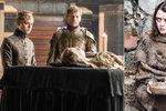 Fanoušci z celého světa již napjatě očekávají chystanou 6. řadu seriálu Hra o trůny. Televize HBO teď zveřejnila řadu fotografií z natáčení. Co snímky odhalily?