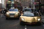 Takhle cestuje arabská smetánka! Pozlacená luxusní auta si šejkové vozí s sebou i do Evropy