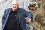Režisér s českými kořeny, který »dokázal chytit Leonarda DiCapria«! Největšího podvodníka všech dob dostala za mříže švédská kráska