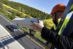 """Zpomalte: Na dálnici D1 namontovali radary, který úsek bude """"pod dohledem""""?"""