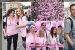 Pochod proti rakovině odstartovaly celebrity: Vojtek s milenkou, Csáková si po svém zmalovala triko!