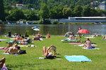 O víkendu se v Praze uškvaříme. V neděli přijdou tropy, vydrží do pondělí