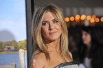 Aniston se rozčílila: Ne, nejsem těhotná a mít dítě není povinnost!
