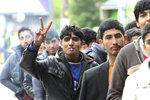 Němci přiznali, že nemají otisky prstů 5200 uprchlíků. Co všechno hrozí?