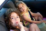 Dlouhá cesta před vámi? Tipy, jak zabavit děti v autě a nepřijít o nervy!