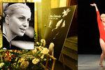 Drsné scénky při loučení s Čáslavskou ve zlaté kapličce: Vystoupení mělo »koule«