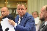 Chirurgové z FN Ostrava píší dopis Babišovi: Po odvolání Němečka je tu neklid a pobouření