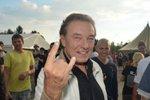 Karel Gott se vrátí mezi rockery: Ukáže zase paroháče?!