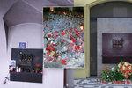 Pomník 17. listopadu se přestěhoval na ulici: Zdobí ho první květiny