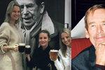 Oslava narozenin Václava Havla v New Yorku: České modelky vzpomínaly s pivem