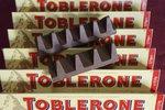 Velký čokoládový podvod? Toblerone v tichosti přišlo o špičky