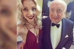 Vzala tátu na milost! Slováčková bez podprsenky vyrazila s Felixem do společnosti
