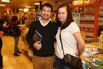 Vietnamský kuchař z Ohnivýho kuřete ukázal přítelkyni. Je to sympatická Češka!