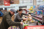 Zákaz prodeje o svátcích dopadl na obchody: Počítají milionové ztráty