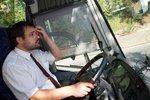 Autobusáci chystají stávku, kraje nemají na vyšší platy. Zasáhne vláda?