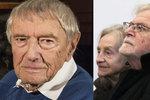 Pohřeb režiséra Mišky: Rozloučit se přišla i nemocná Divíšková