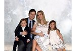 Ivanka Trump s rodinou. Postavu si udržuje i po třech dětech díky zdravé stravě.