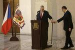 Zeman potvrdil boj o Hrad: Zazněla ruština i důvody, proč vrávorá