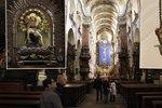 Záhada useknuté lidské ruky: V kostele svatého Jakuba Většího v Praze visí už léta