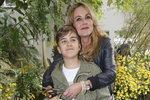 Vendula Pizingerová se svým synem.