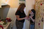 Nezvladatelné dítě ve Výměně: Se*u na vás, trhněte si, ječelo na náhradní matku