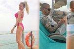 Kristelová s Řepkou na první dovolené: Polibky na prázdné pláži a pózovačka v plavkách!