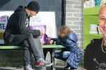 Matěj Homola z Wohnoutů: Pro dceru do školy na skejtu, pak hraní na lavičce