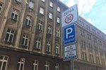 Hlavní město přechází na nový systém zón placeného stání. V Praze 9 to zatím vázne, proč?