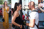 Bujarý mejdan celebrit nad hladinou Vltavy: Kdo ukazoval prsa, kdo zapíjel žal a kdo skončil »na plech«?