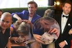 Ultrahubená Jágrova Veronika po večírku: Hltala hamburger tak, až jí museli pomáhat!