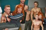 Holanová (66) v obležení svaloviny: Osahala si vypracované mladíčky