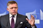 Politici na Slovensku si zvýšili platy. Místo tisíců ale jen o 25 korun