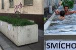 Lidé se v nich koupali, teď by mohly bránit útokům: Praha 5 pro květináče nové využití