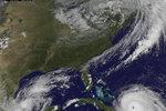 Proč je tolik hurikánů? Možná kvůli málo zamořenému vzduchu, říkají vědci