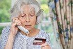 Zrušme smlouvy po telefonu, apelují politici. Nevyužívají je jen šmejdi, varují firmy