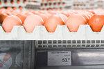 Nejdřív máslo, teď vejce: Ceny stoupají, spadnout mají až o Velikonocích