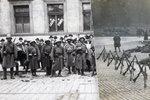 28. října 1918: Střetům v ulicích zabránili hudebníci. Radnici vystavili fakturu