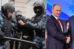Putin rozdával metály. Na ruský svátek se policie střetla s demonstranty, 20 zadržených