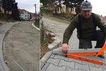 Na Břeclavsku mají chodník pro sebevrahy! Naštvaní obyvatelé se bouří