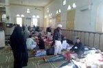 Teroristé v mešitě zabili 305 lidí, mezi nimi i 27 dětí. Egypt je za to vybombardoval