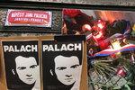 """""""Za svobodu a demokracii je třeba bojovat."""" Památku Jana Palacha 49 let po jeho činu uctili akademici i studenti"""