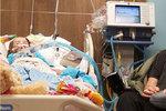Holčička (†5) ze srdcervoucí fotografie s dědečkem zemřela: Rakovina jí nedala šanci