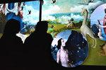 Fantasmagorický svět malíře Hieronyma Bosche: Jeho obrazy šokují návštěvníky v Holešovicích